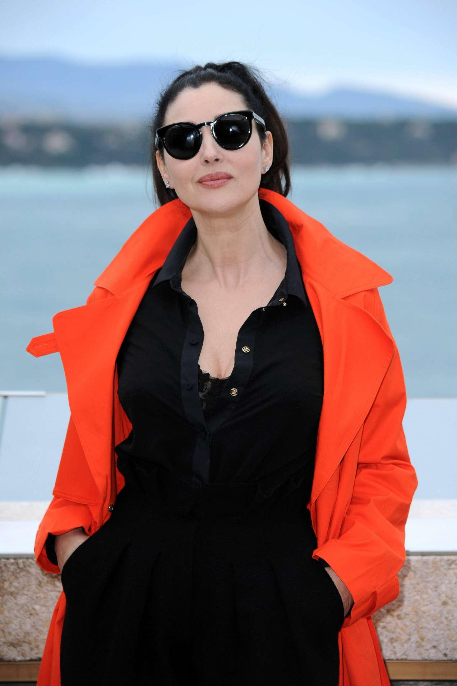 Monica Bellucci 2017 : Monica Bellucci: Monte-Carlo Comedy Film Festival Photocall -01