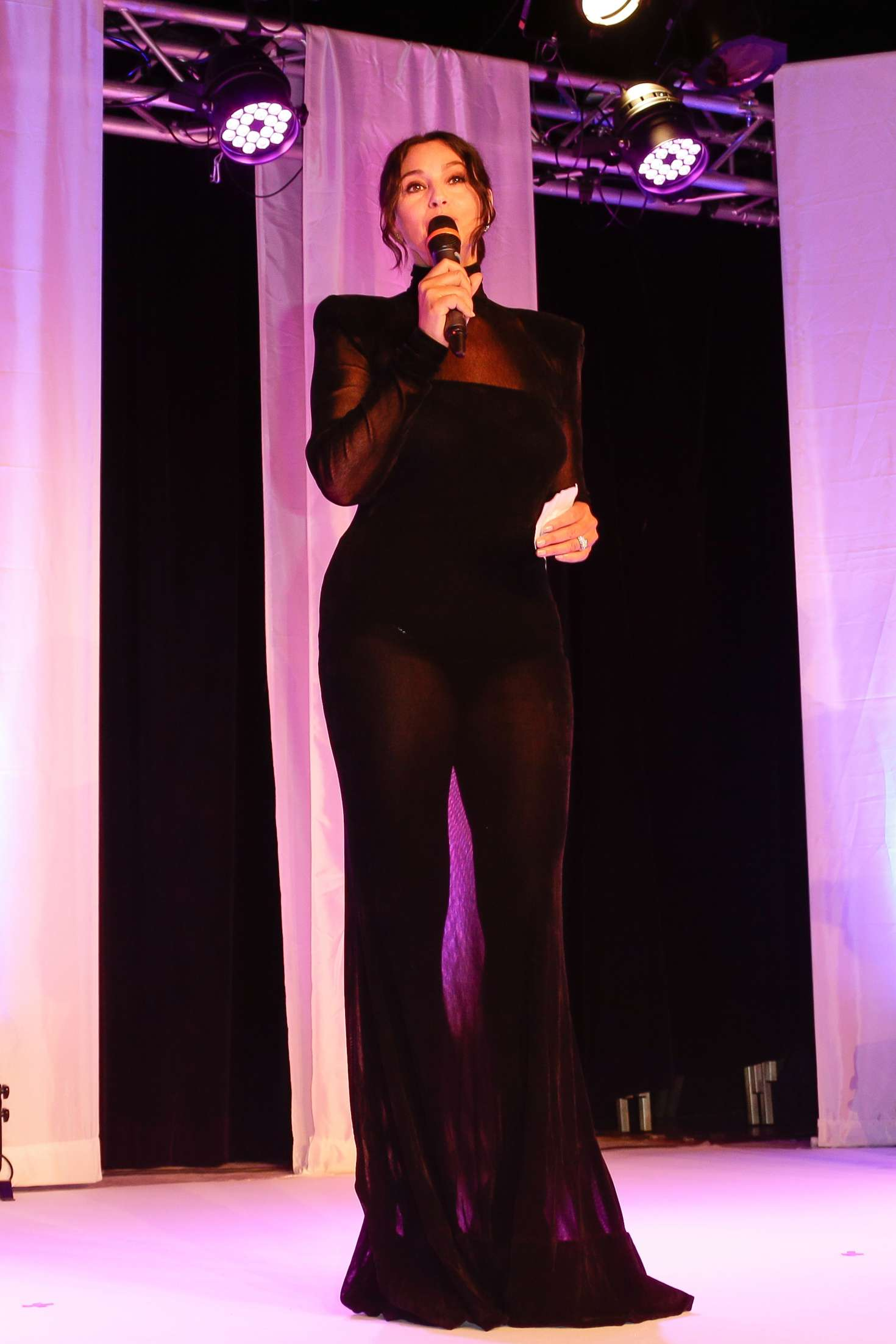 Monica Bellucci 2018 : Monica Bellucci: Opening ceremony of the 29th edition of Dinard Film Festival -05