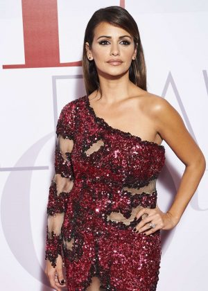 Monica Cruz - ELLE Magazine Party in Madrid