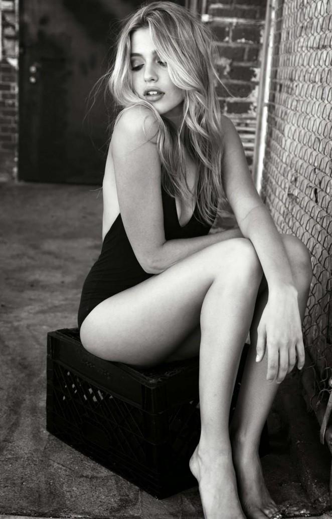 Monica Sims - Lexie Montoya Photoshoot