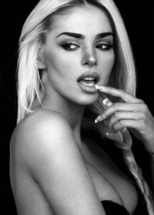 Monika Synytycz Nude Photos 94
