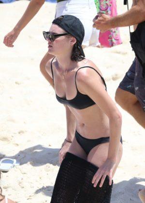 Montana Cox in Black Bikini at Tamarama beach in Sydney Pic 8 of 35