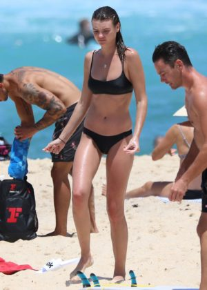 Montana Cox in Black Bikini at Tamarama beach in Sydney Pic 29 of 35
