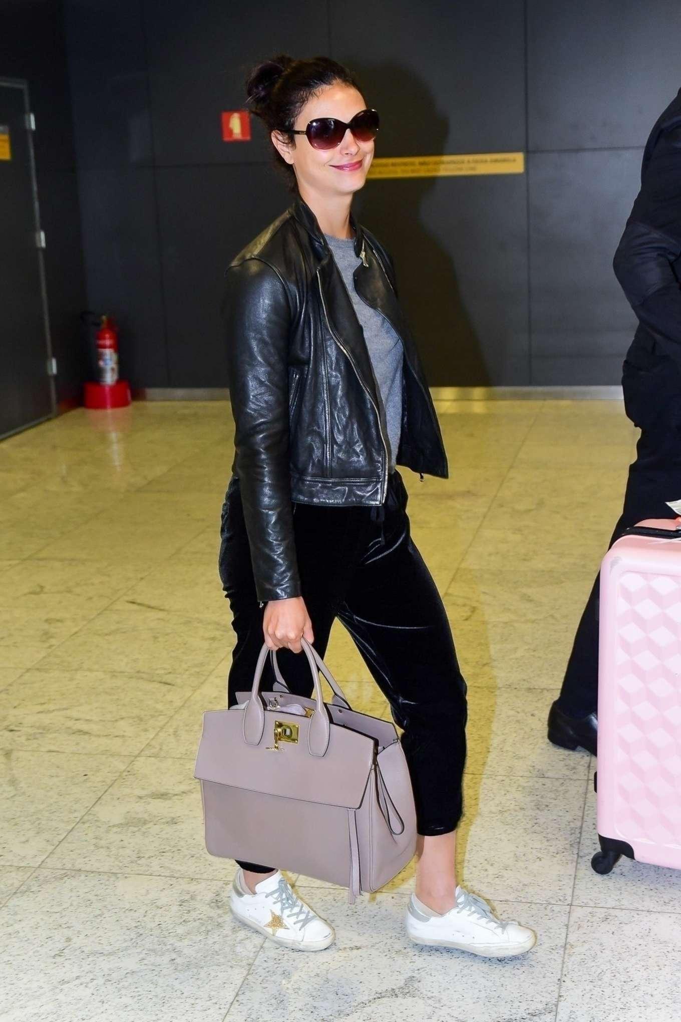 Morena Baccarin 2019 : Morena Baccarin – Spotted at at Guarulhos International Aiport in Sao Paulo-05