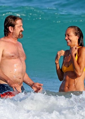 Morgan Brown In Bikini With Gerrard Butler On The Beach In