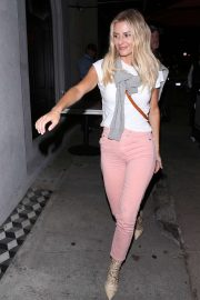 Morgan Stewart - Arriving at Craigs Restaurant in West Hollywood