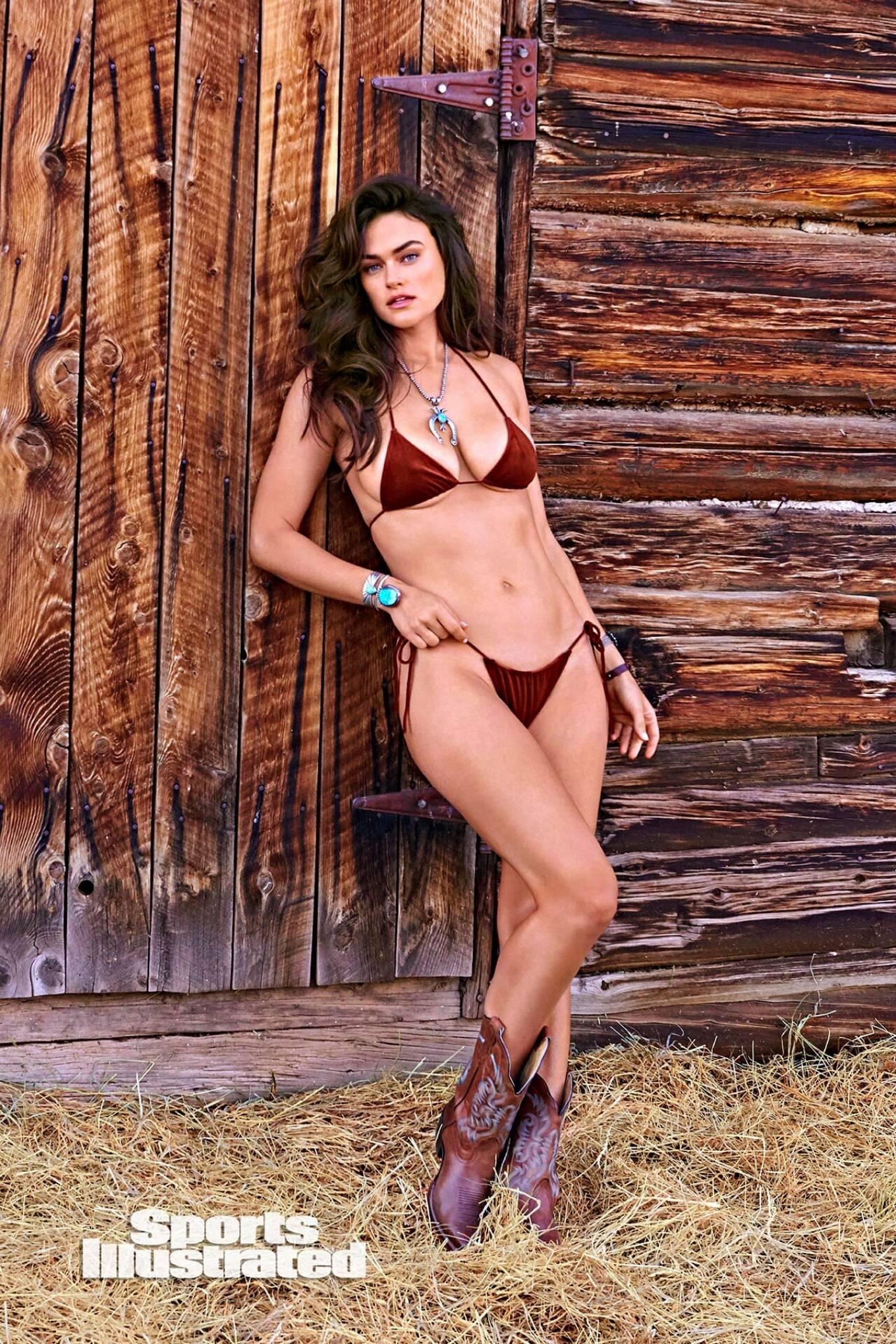 Myla Dalbesio SI Swimsuit Model Page - Swimsuit   SI.com