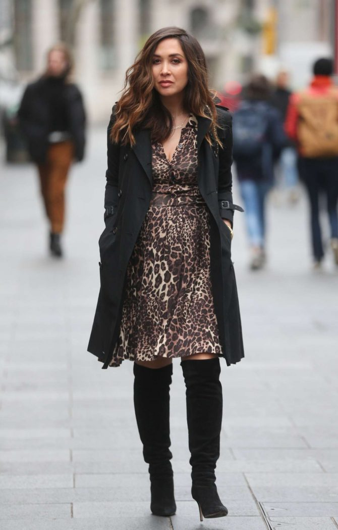 Myleene Klass – Arrives at Global Radio Studios in London