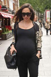 Myleene Klass - Arriving at Global Radio Studios in London