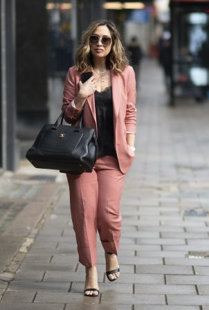 Myleene Klass - Arriving at the Global Radio Studios in London