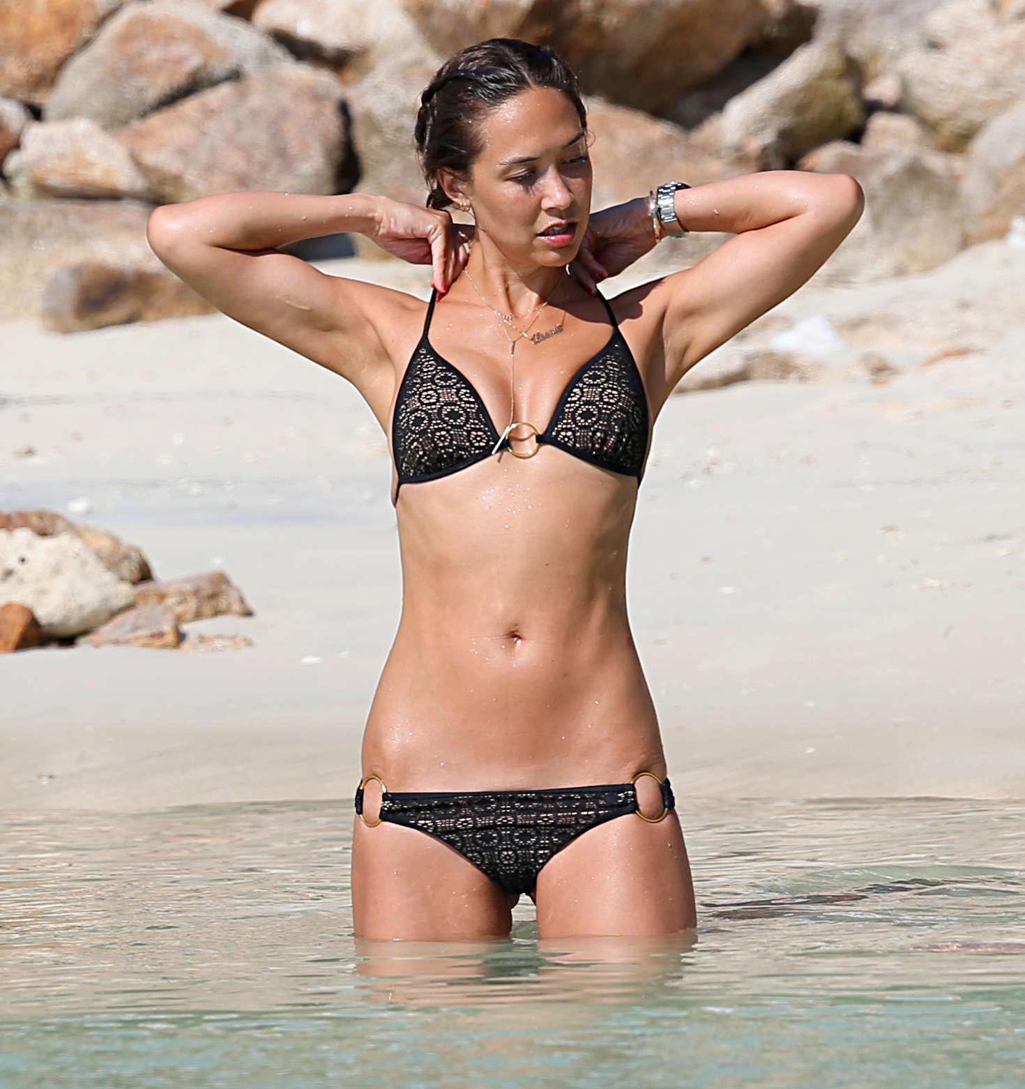 Myleene Klass In Bikini On The Beach In Thailand 05