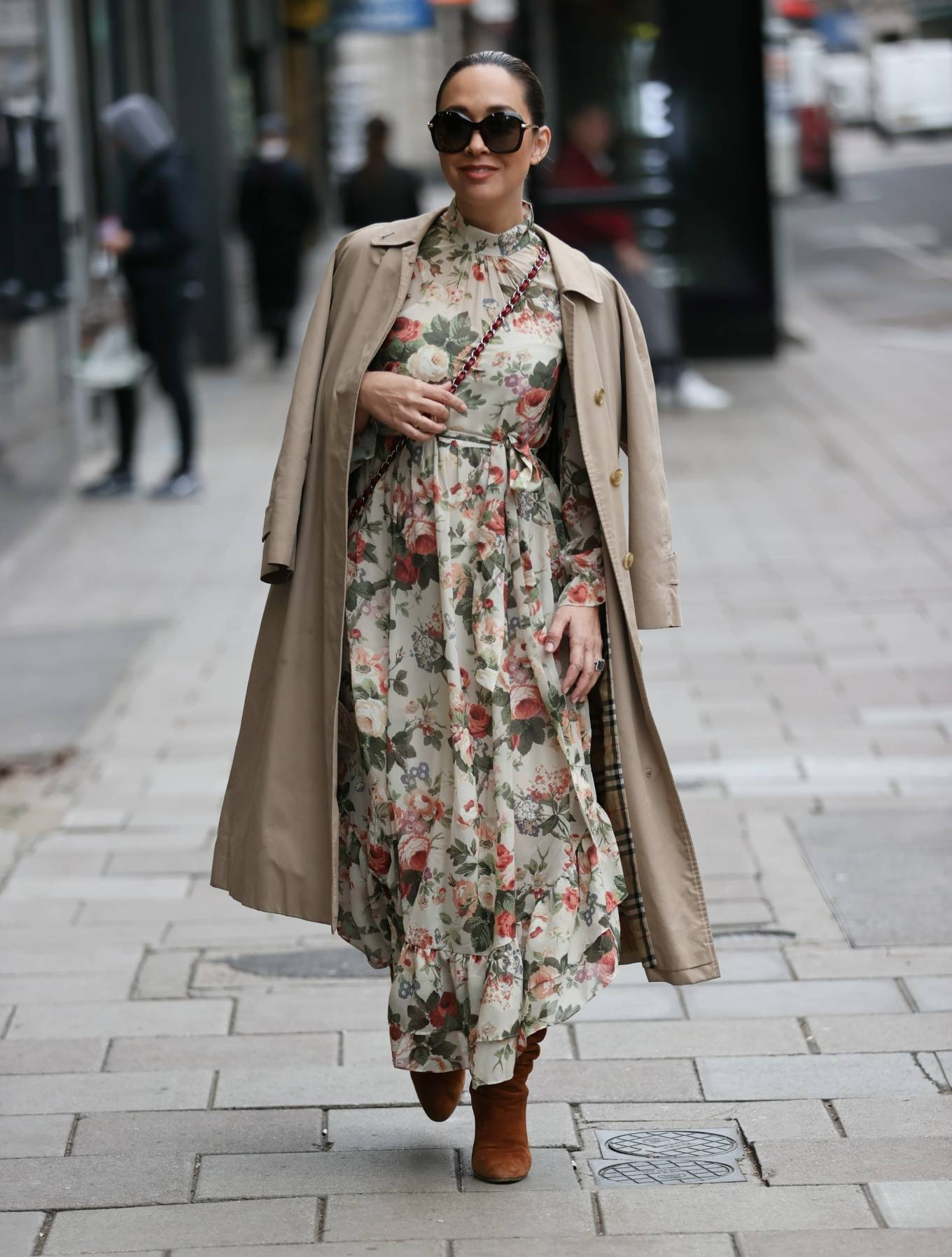 Myleene Klass - In floral dress at Smooth radio in London