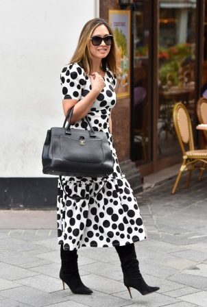 Myleene Klass - In polka dot dress at Smooth radio in London