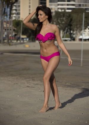 Nadia Forde in Pink Bikini -09