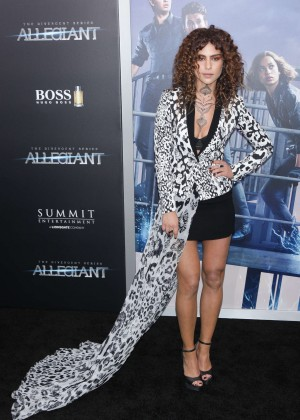 Nadia Hilker - 'Allegiant' Premiere in New York