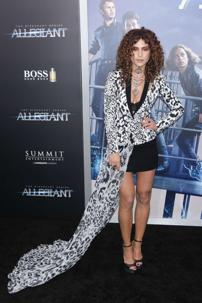 Nadia Hilker - 'Allegiant' Premiere in New York