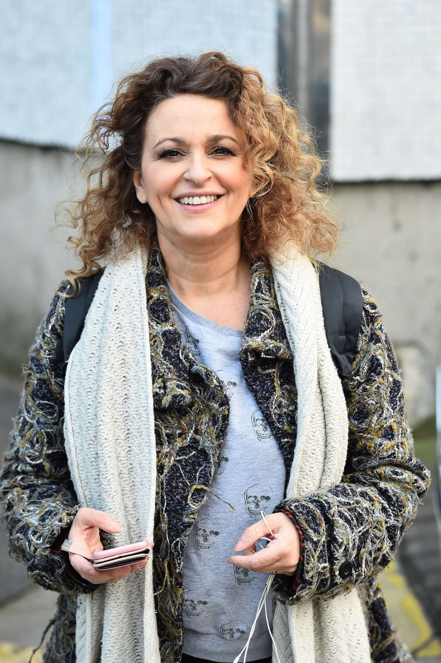 nadia sawalha - photo #8