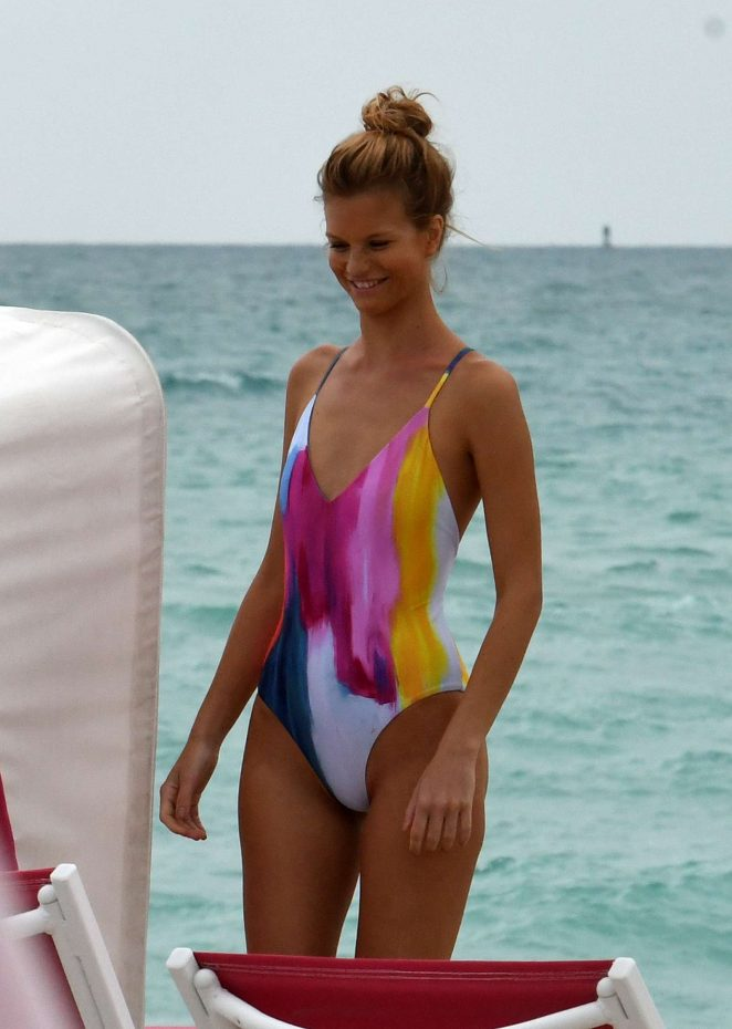 Nadine Leopold in Swimsuit - Photoshoot on the beach in Miami