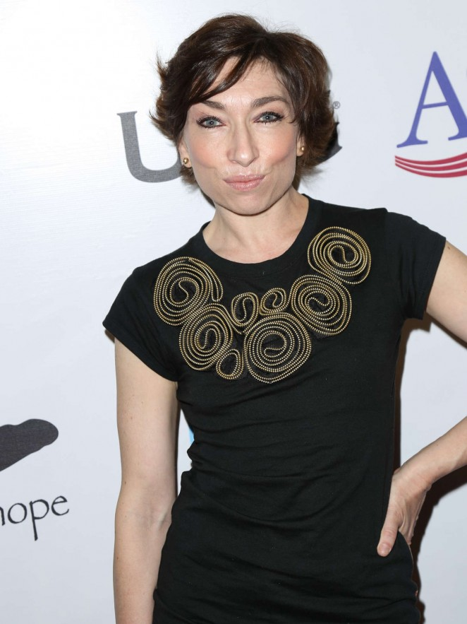 Naomi Grossman - Luc Robitaille Celebrity Shootout 2016 in Los Angeles