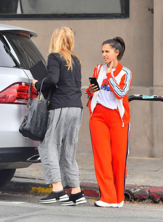 Naomi Scott 2019 : Naomi Scott – Leaving Little Doms in Los Angeles-03