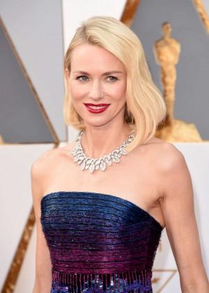 Naomi Watts - 2016 Oscars in Hollywood