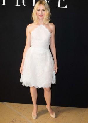 Naomi Watts - Armani Fashion Show in Paris