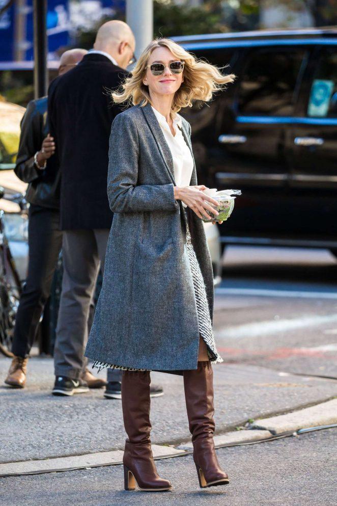 Naomi Watts: Filming G...