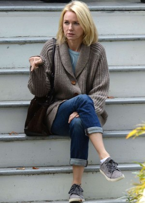 Naomi Watts - Filming 'The Book Of Henry' in New York