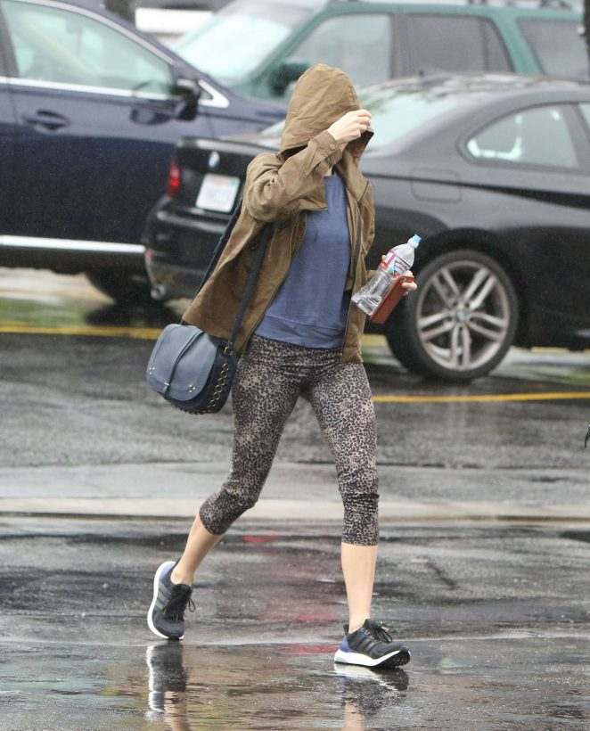 Naomi Watts in Leggings out shopping in Brentwood