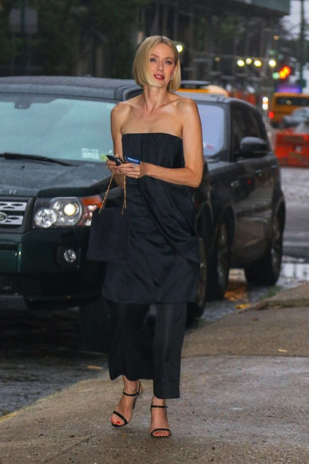 Naomi Watts: Seen Outside her apartment in New York-05