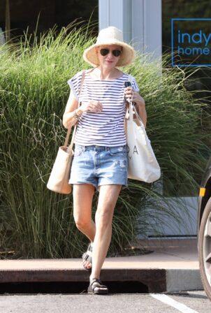Naomi Watts - Shopping candids in The Hamptons