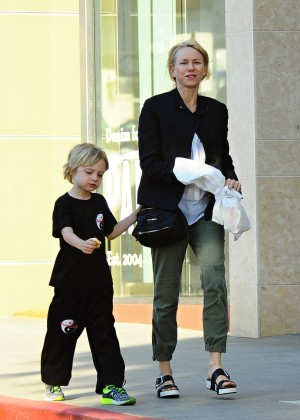 Naomi Watts - Taking her son to Karate class in LA