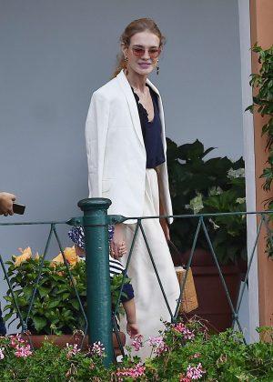 Natalia Vodianova and boyfriend Antoine Arnaultat at lunch in Portofino