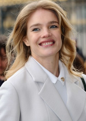 Natalia Vodianova - Arives at Christian Dior Fashion Show 2016 in Paris