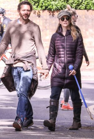 Natalie Dormer and her boyfriend David Oakes - Takes her dog Indy for a walk in Richmond Park