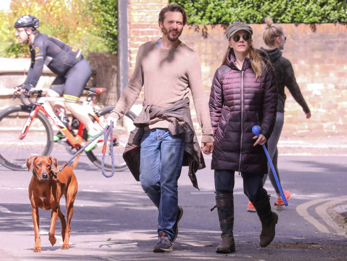 Natalie Dormer 2020 : Natalie Dormer and her boyfriend David Oakes – Takes her dog Indy for a walk in Richmond Park-07