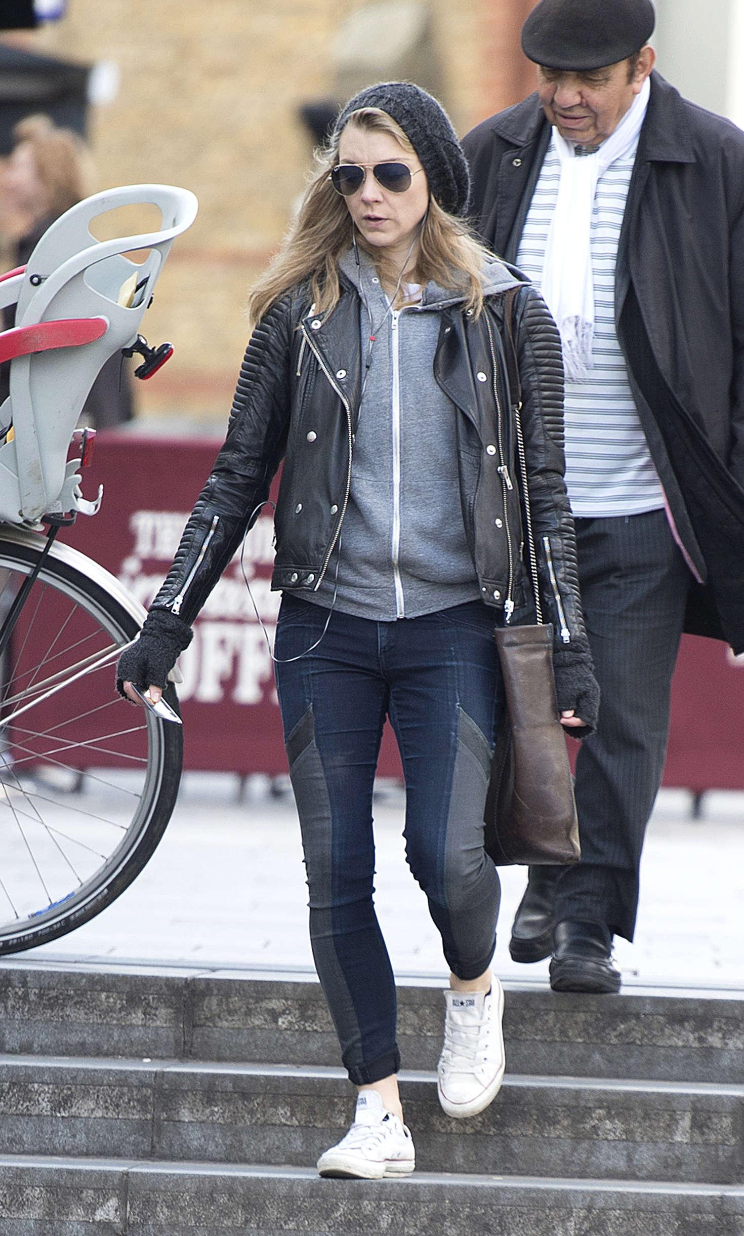 Natalie Dormer in Jean...