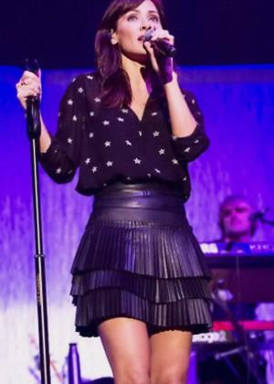 Natalie Imbruglia - Performs at O2 Arena in London