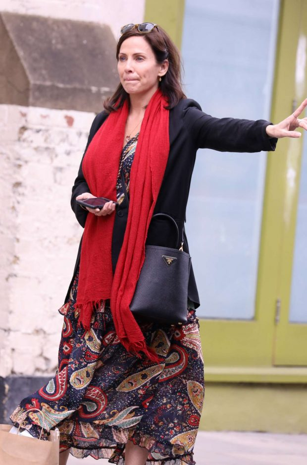Natalie Imbruglia - Shopping in Notting Hill