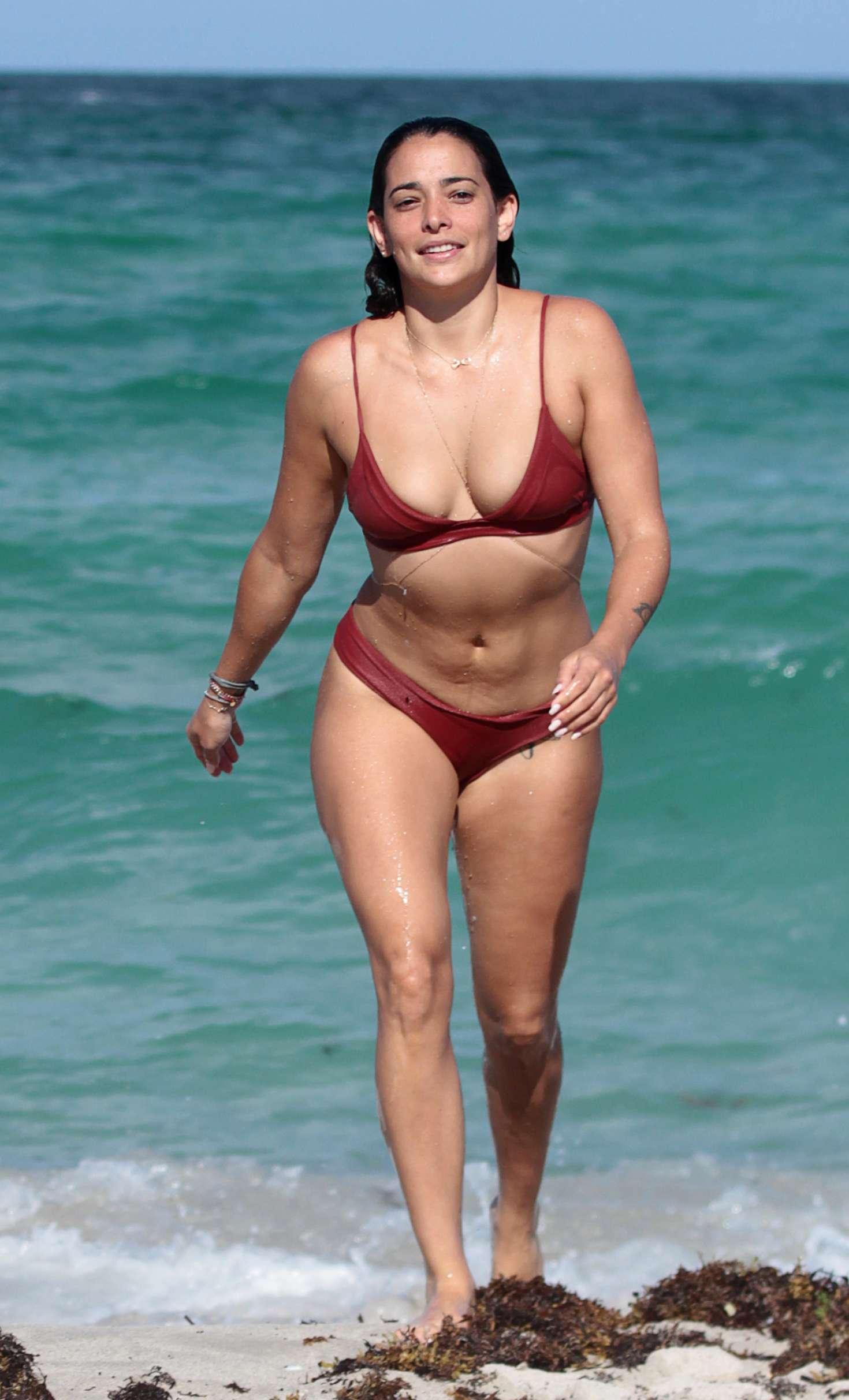 Bikini Natalie Martinez naked (62 foto and video), Ass, Sideboobs, Instagram, butt 2006