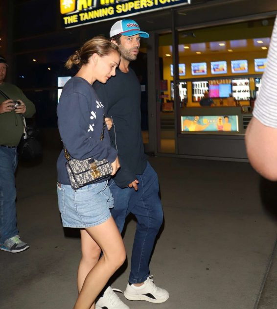 Natalie Portman 2019 : Natalie Portman and Benjamin Millepied at Arclight in Hollywood-02