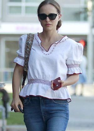 Natalie Portman at Cafe Gratitude in LA