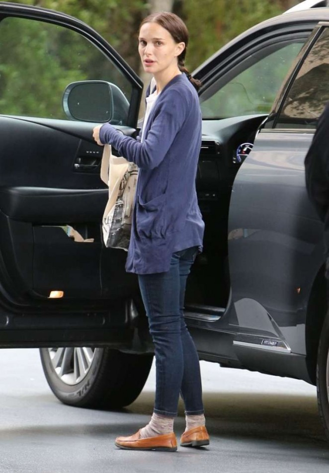 Natalie Portman in Jeans at the Hotel Normandie in LA
