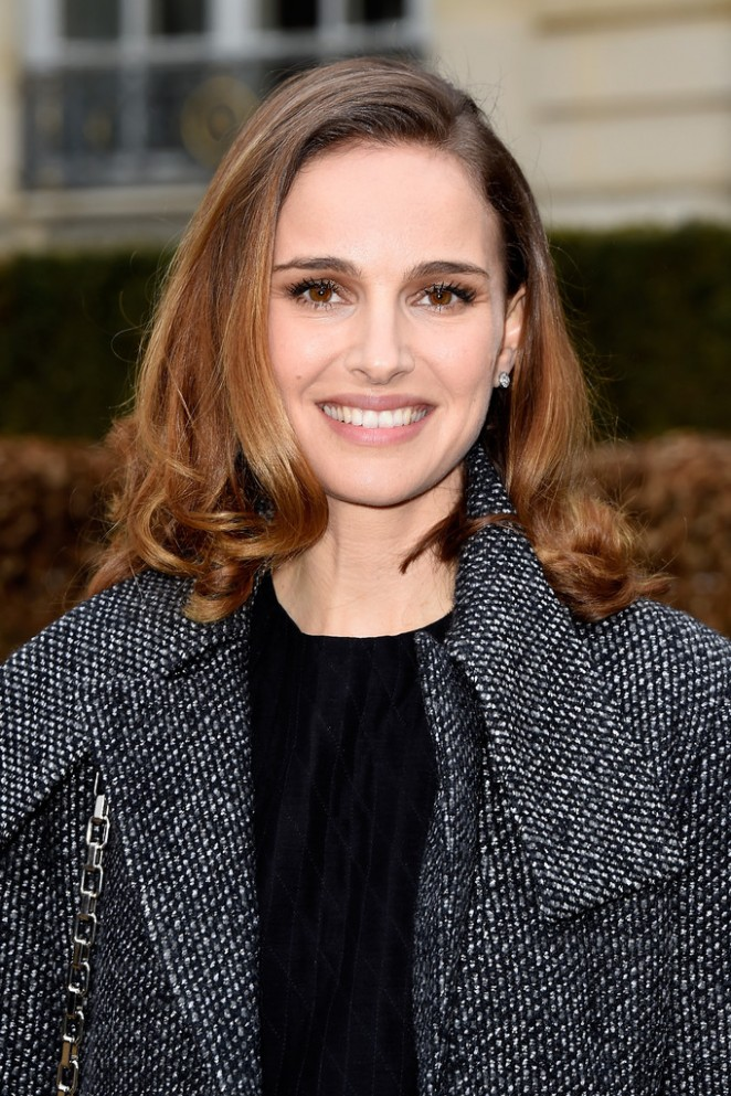 Natalie Portman - Christian Dior Fashion Show 2015 in Paris