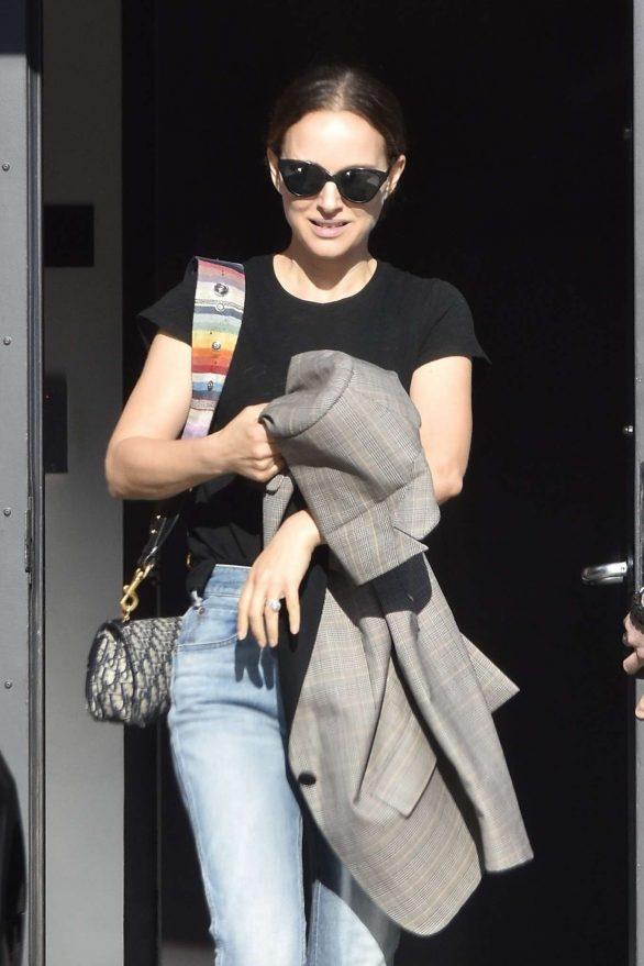 Natalie Portman - Leaves a meeting in Santa Monica
