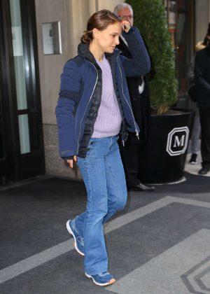Natalie Portman - Leaving her Hotel in New York