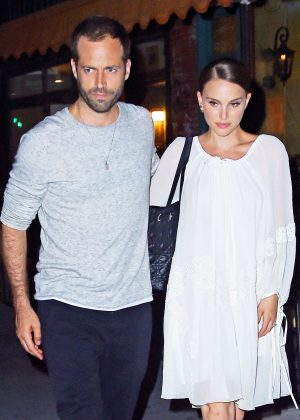 Natalie Portman - Leaving Il Buco Italian Restaurant in New York