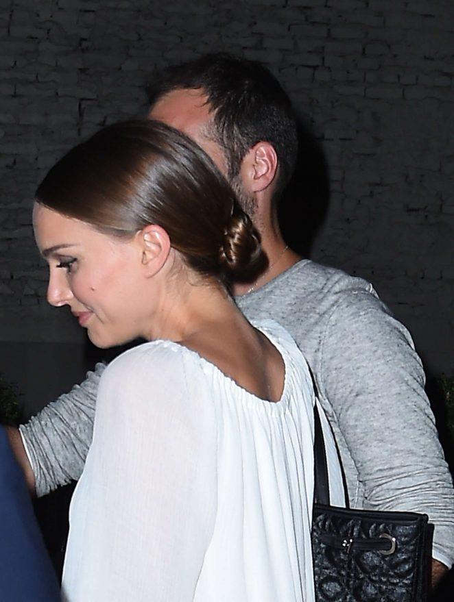 Natalie Portman: Leaving Il Buco Italian Restaurant -03