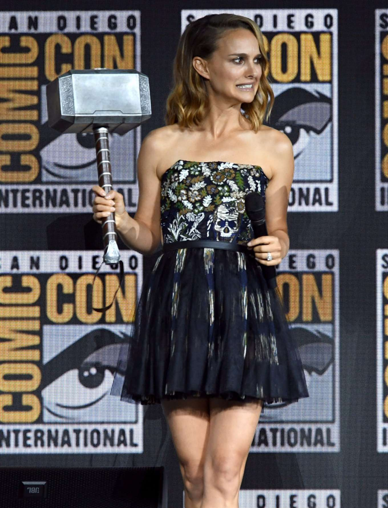 Natalie Portman 2019 : Natalie Portman – Marvel Panel at Comic Con San Diego 2019-01