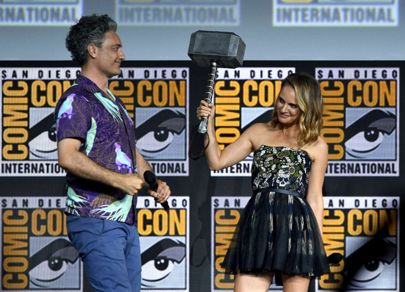 Natalie Portman 2019 : Natalie Portman – Marvel Panel at Comic Con San Diego 2019-11
